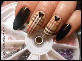 http://snaily-nails.blogspot.com/2016/11/jesienna-krata-burberry.html