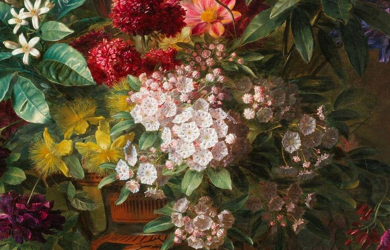 jarrón con flores de Lirios, Kalmia latifolia, Primula denticulata, rododendros, dalias, jazmines, rosas y violas