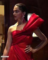 Deepika Padukone Looks stunning in Red Gown at 2018 MET Costume Insute Gala ~  Exclusive 04.jpg