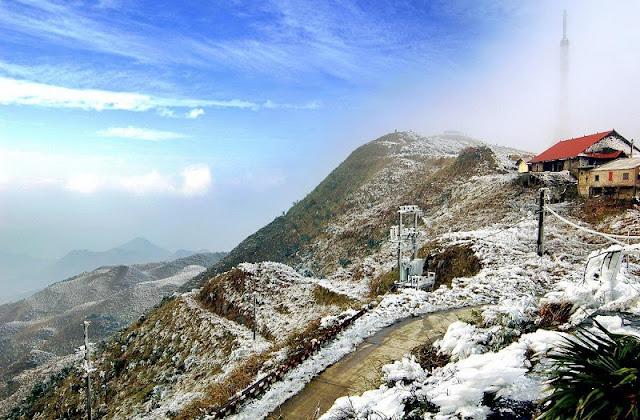 Tay Con Linh mountain 2