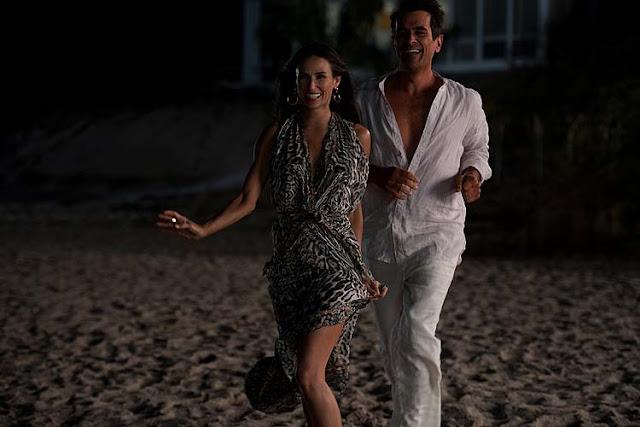 Lea (Demi Moore) et Pietro (Ty Burrell) dans Pire soirée