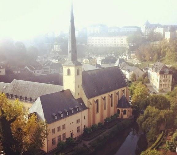 Grund visto das casamatas de Bock em Luxemburgo