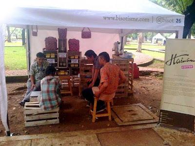Stand Hainam Coffee di Festival Lapangan Banteng