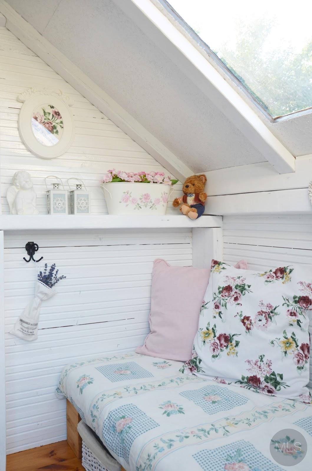 Domek drewniany dla dziewczynek #1