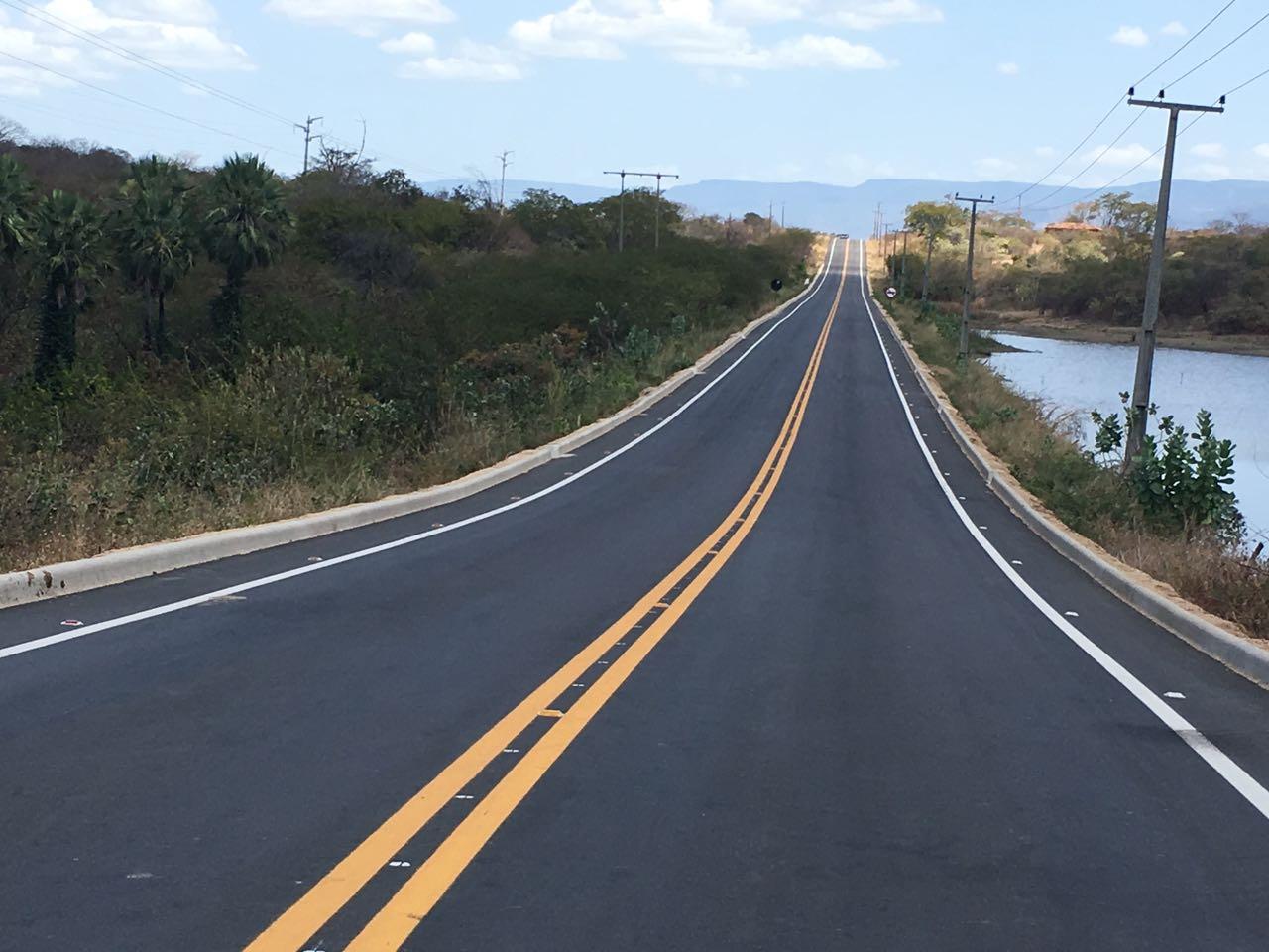 Ceará de Ponta a Ponta: governador entrega restauração da CE-329 nesta quinta-feira (19)
