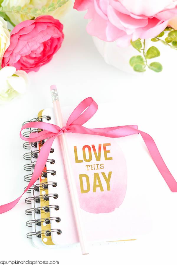 DIY - 7 Ideias de presentes para sua melhor amiga: Mini Cadernos