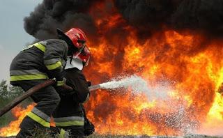 Μπαράζ πυρκαγιών σε όλη τη χώρα.