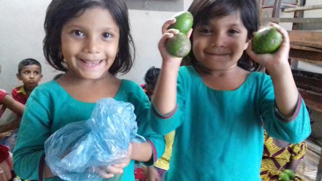 School For SDG4-Fruit Arrangement