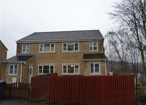 This Is Huddersfield Property - 4 bed semi-detached house for sale Bellcote Drive, Moldgreen, Huddersfield HD5