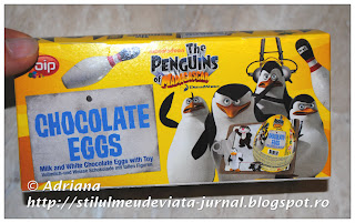set 3 ouă de ciocolată cu figurine The Penguins of Madagascar