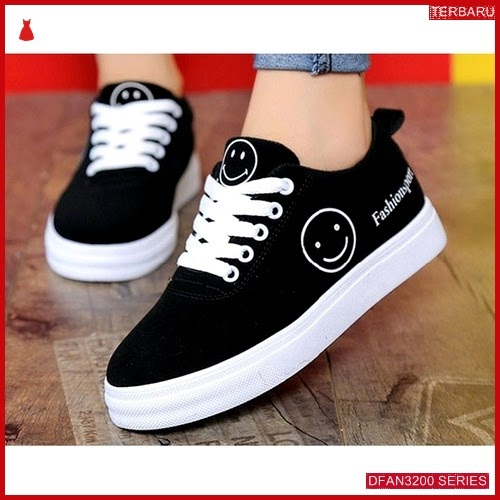 DFAN3200S79 Sepatu Ys 12 Poxing Wanita Sneakers Murah BMGShop