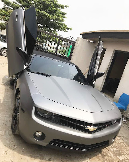Alex Ekubo shows off his newly customised sports car
