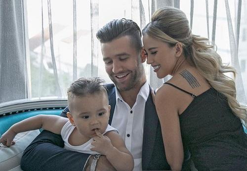 Vankel, Myno và con trai của họ