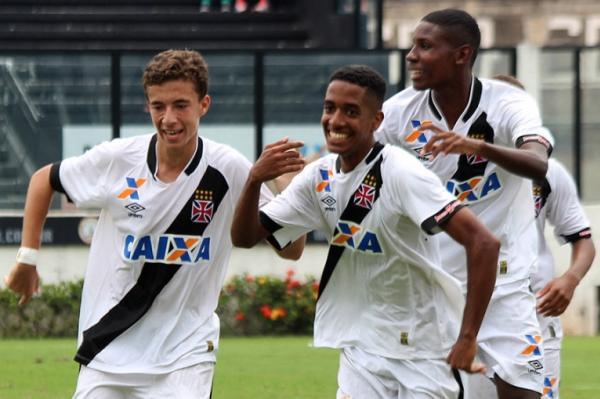d4f2fb460f97e A CBF confirmou nesta sexta-feira mais dois amistosos para a Seleção  Brasileira Sub-17 na Granja Comary. O adversário será o Uruguai