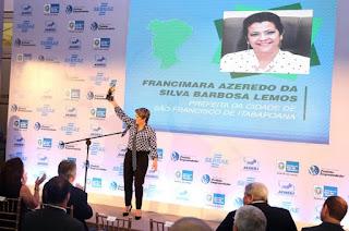 http://vnoticia.com.br/noticia/2889-sfi-conquista-premio-inedito-prefeito-empreendedor-do-estado-do-rio-de-janeiro