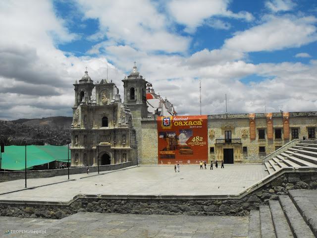 Basílica de la Soledad in Oaxaca