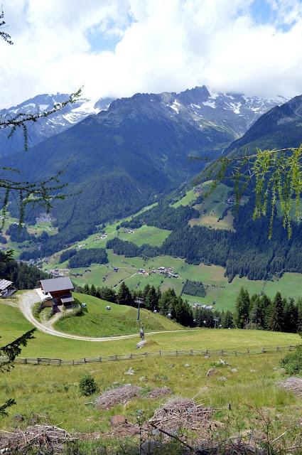 lago klaussee da klausberg in valle aurina