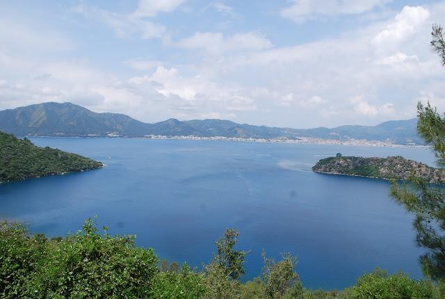 Вид на Мармарис с Райского острова.