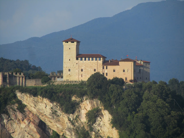 Castello di Angera