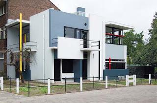 http://www.busyboo.com/2010/07/25/modern-house-schroder/