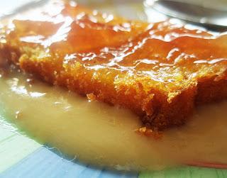 Bizcocho de calabaza con natillas y mermelada de naranja