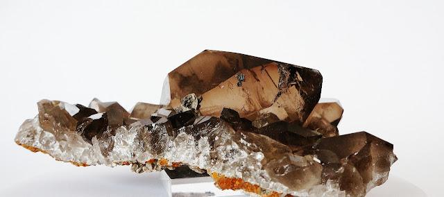 gwindel sur gangue avec une très belle qualité de quartz, cristal trouvé dans le Mont-Blanc, une pièce de collection