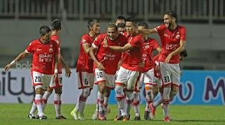 Persija Ngotot Ingin Lawan Persib di Stadion Patriot Chandrabaga