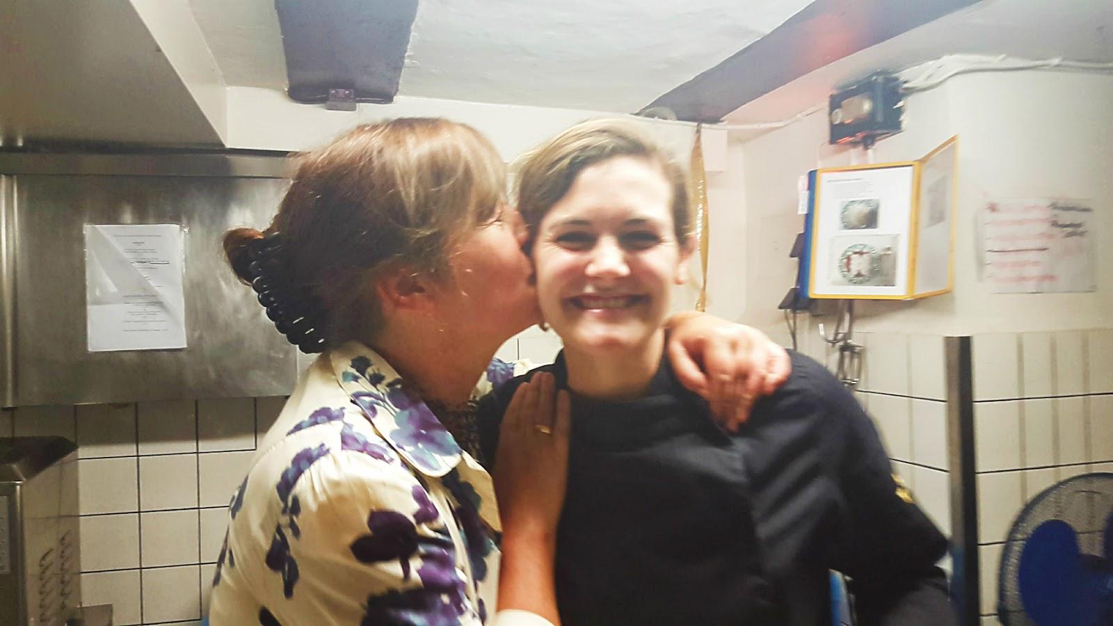 Quatsch in der Spielwegküche mit Viktoria Fuchs und Arthurs Tochter | Arthurs Tochter kocht. von Astrid Paul. Der Blog für food, wine, travel & love