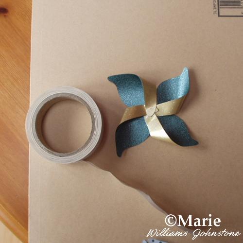 Making a pinwheel paper flower design first layer