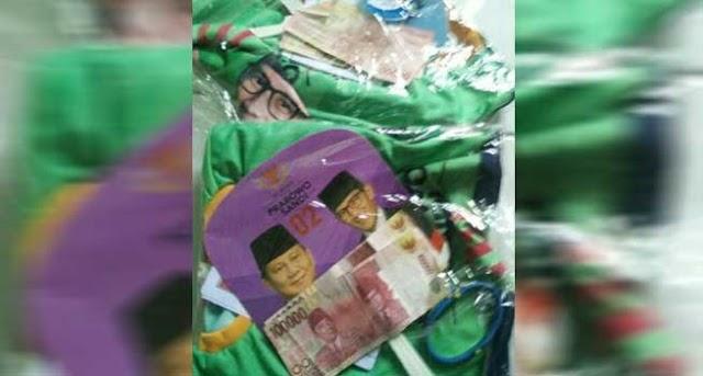 Viral Bingkisan Kaos dan Uang 200 Ribu Prabowo Sandi, Bawaslu Surakarta Langsung Beraksi