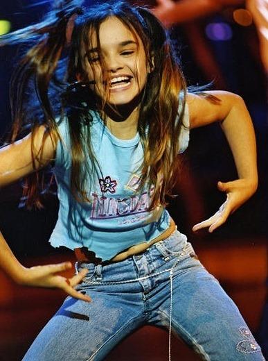 Foto de Melody bailando en concierto