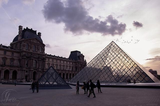 louvre, pyramide du louvre