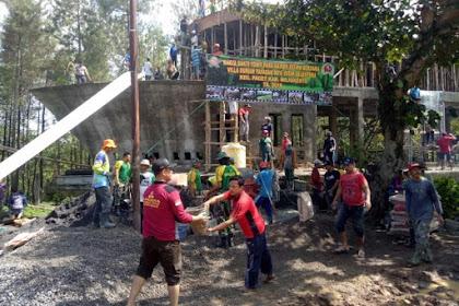 Wujud Kemanunggalan TNI-Rakyat, Prajurit Yonif Para Raider 503 Kostrad Bantu Bangun Masjid di Mojokerto