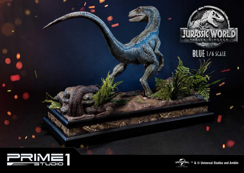 Infinite Earths: Jurassic World: Fallen Kingdom Blue Statue Unveiled