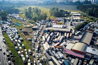 https://giroicaraima.blogspot.com/2019/03/caminhoneiros-se-mobilizam-para-nova.html
