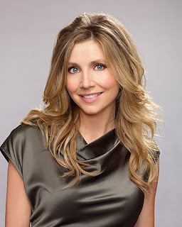 Sarah Chalke to Star Opposite Katherine Heigl in Netflix Drama FIREFLY LANE