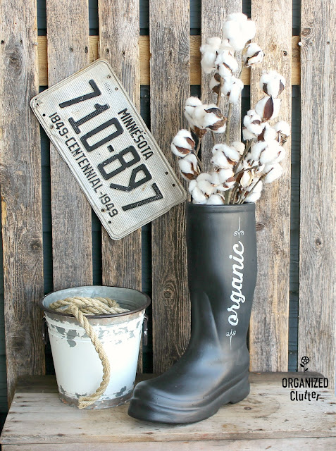Up-Cycled Ceramic Boot Vase/Flower Pot #upcycle #stencil #fusionmineralpaint #farmhouse #bootplanter #bootvase