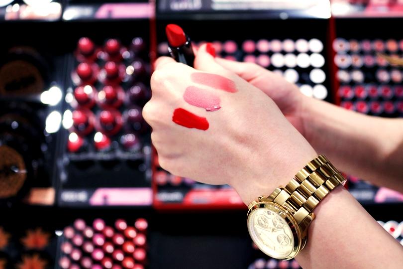 sephora, otwarcie galerii posnania, posnania, posnanii, perfumeria, nars, makijaż na co dzień, zara, time and more, pullandbear, poznań, gogirlonly, ebutik, botki, koszula w kratę, fashion,
