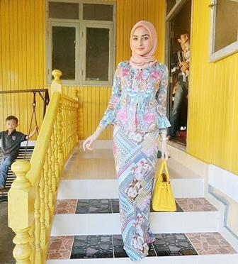 Baju Gamis Batik Kombinasi Brokat Terbaru The Blouse