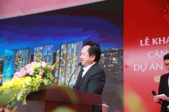 Đại diện đơn vị chủ đầu tư đến từ Nhật Bản phát biểu về dự án
