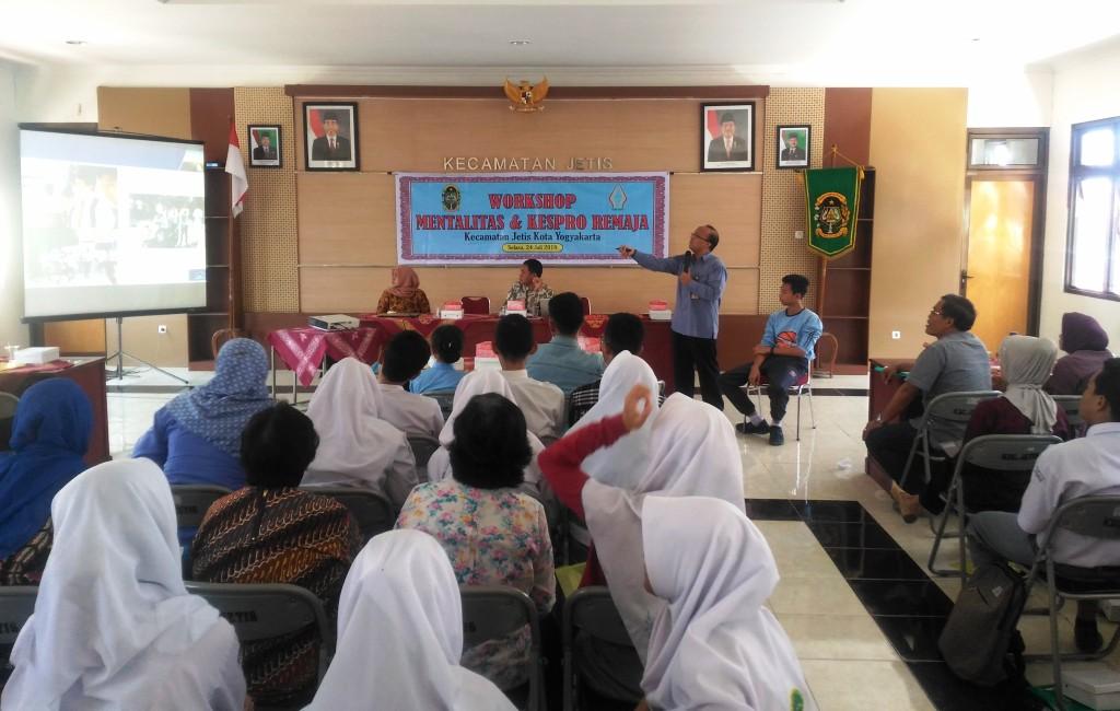 Kepedulian Pemerintah Kecamatan Jetis Yogyakarta Terhadap Mentalitas dan Kesehatan Reproduksi Remaja