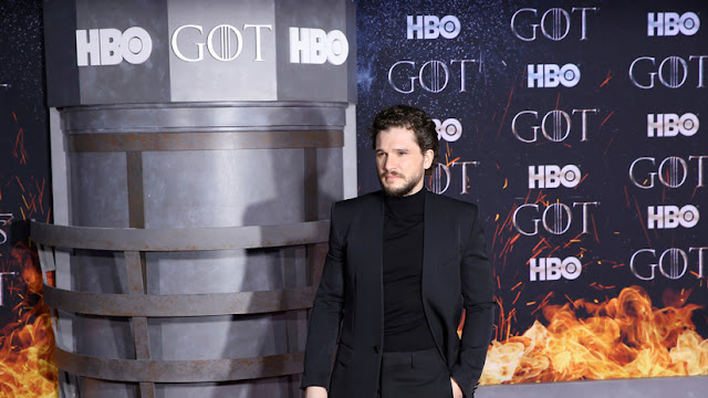 """""""Jon Snow"""" de 'Juego de tronos' casi pierde un testículo durante la grabación de la última temporada"""