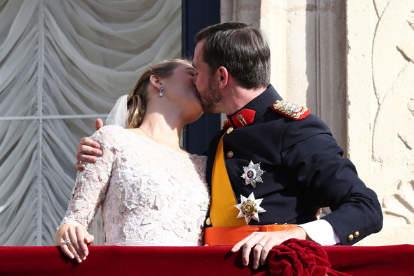 Princess Stephanie of Luxembourg and Prince Guillaume of Luxembourg kiss on the balcony of the Grand-Ducal Palace following the wedding ceremony of Prince Guillaume Of Luxembourg and Princess Stephanie of Luxembourg