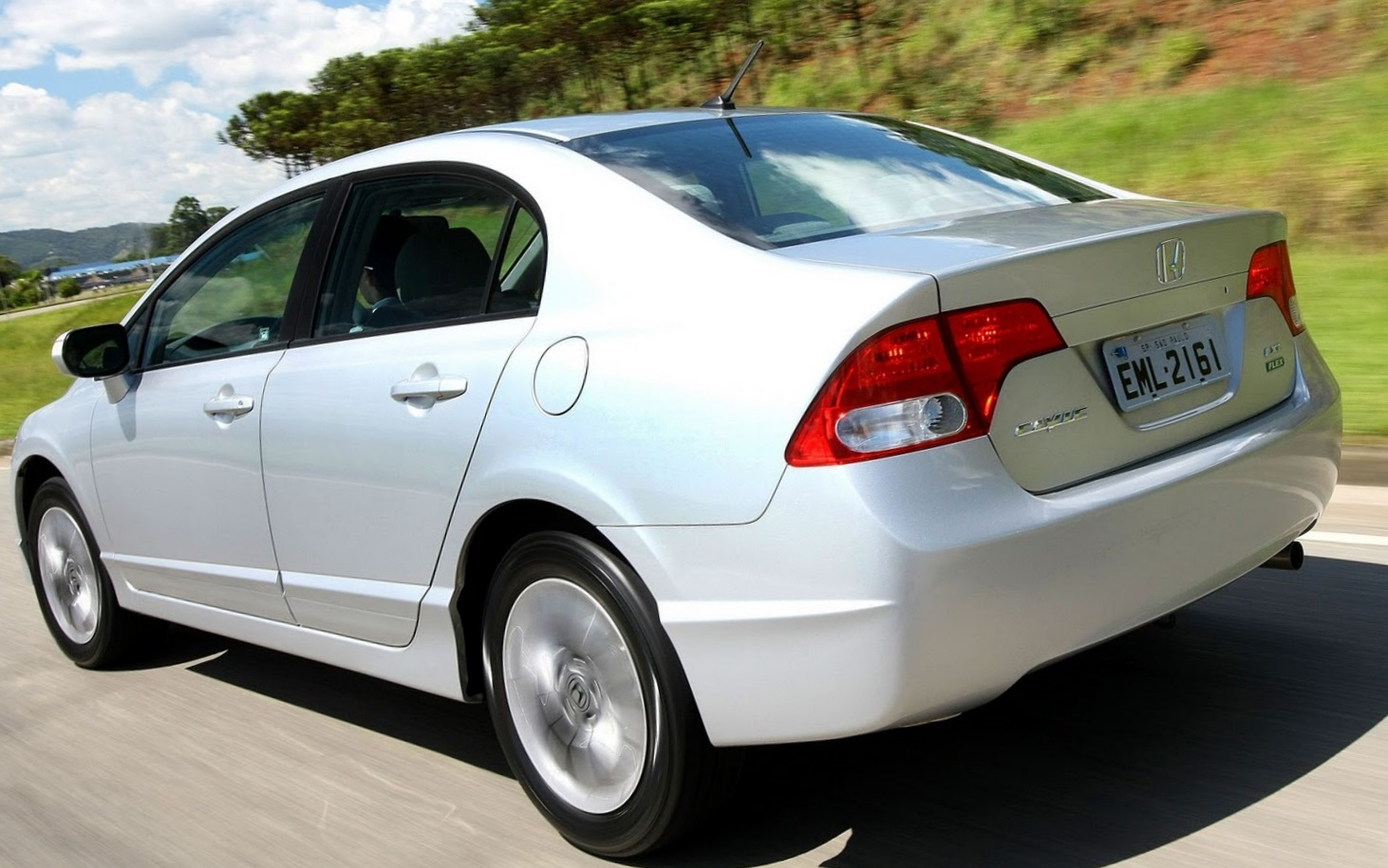 Elegant Honda Civic LXS SE 2011   Traseira