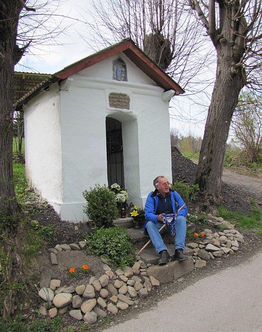 Kapliczka św. Antoniego z początku XX wieku na osiedlu Grygle.