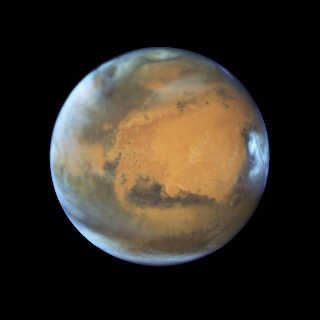 Hubble зробив знімок Марса з рекордно близької відстані.