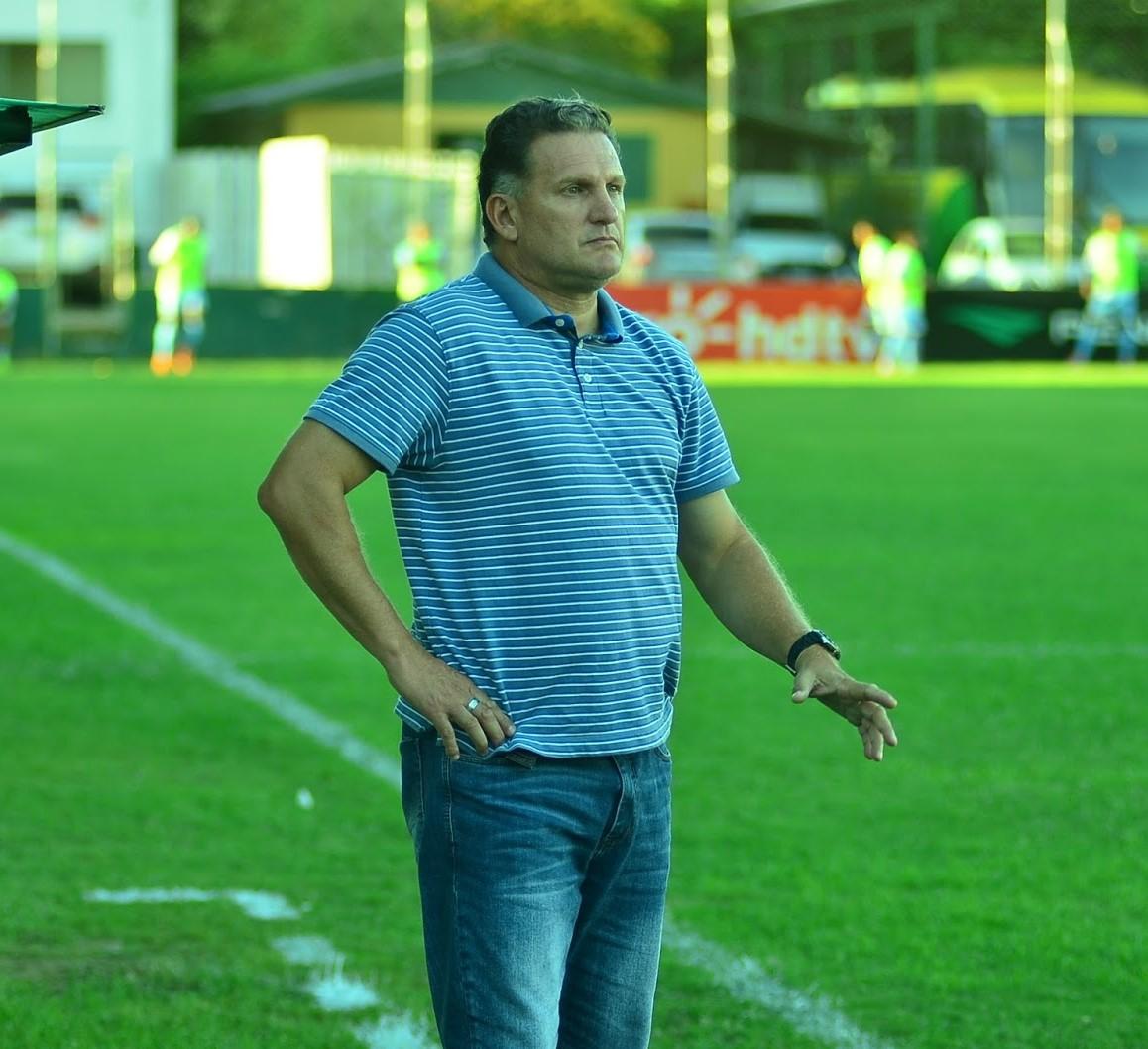 Técnico Ben Hur Pereira está confiante para a sequência do Cruzeiro no  Campeonato Gaúcho! e85e3f98d0c12