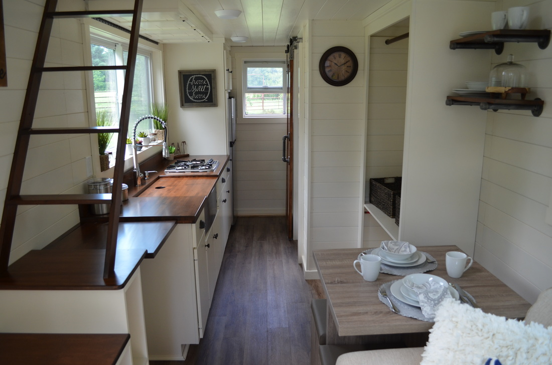 Modern Tiny House: TINY HOUSE TOWN: The Mohican From Modern Tiny Living