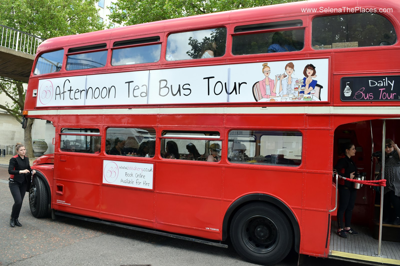 London Afternoon Tea Bus Tour