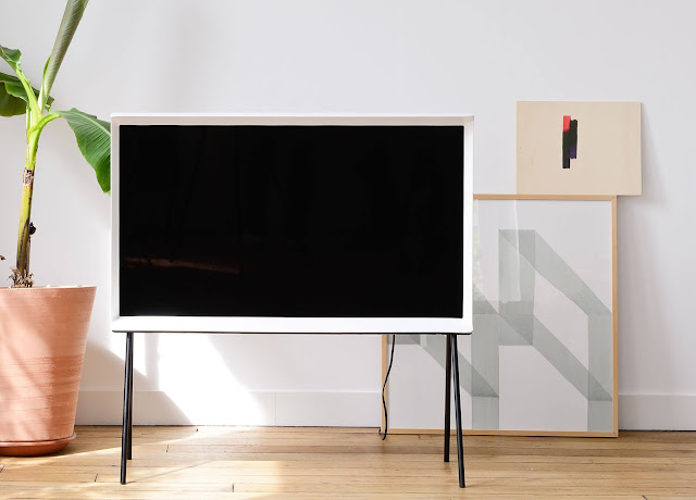 Focus on: Samsung Serif TV